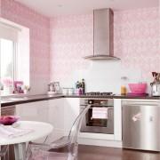 Як підібрати шпалери для кухні, які варіанти найбільше підійдуть?